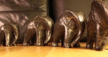 Iron elephants table