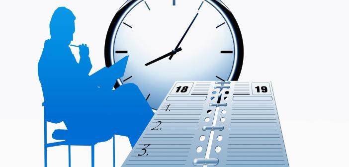 Blue silhouette clock organiser